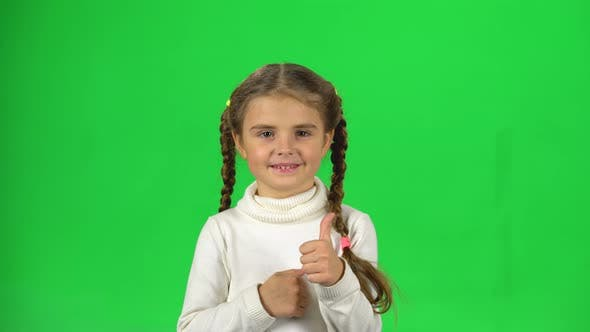 Thumbnail for Child Is Clapping Her Hands and Then Shows Thumbs Up. Greenscreen