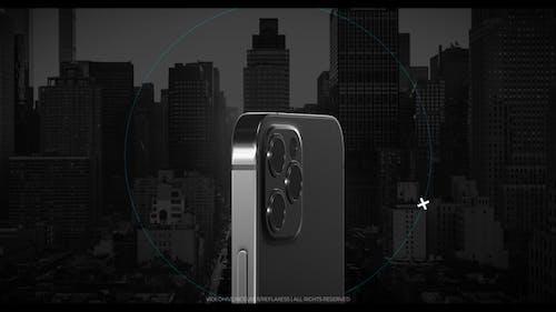 Phone 13 app promo v2