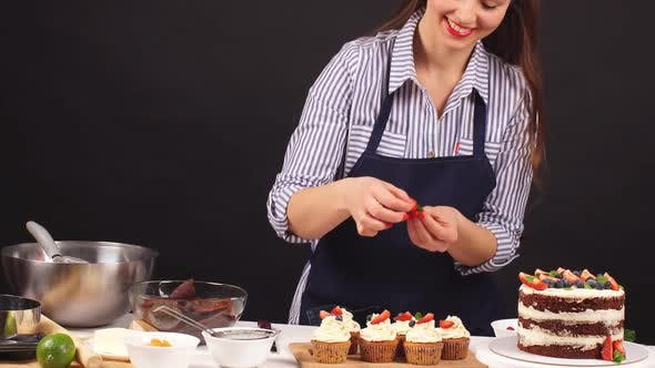 Thumbnail for Chef Confectioner Decorates Cake