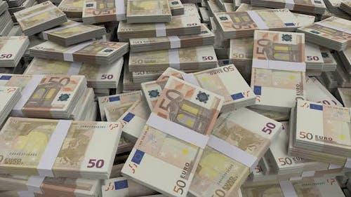 50 Euro Banknotenbündel verstreut