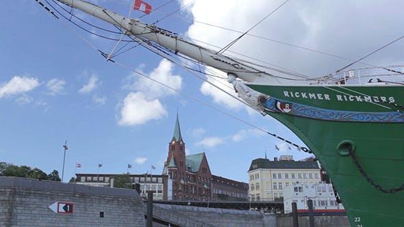 Thumbnail for Hamburg Port Nose Of The Ship Time Lapse