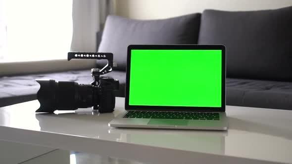 Thumbnail for Photographers Mockup