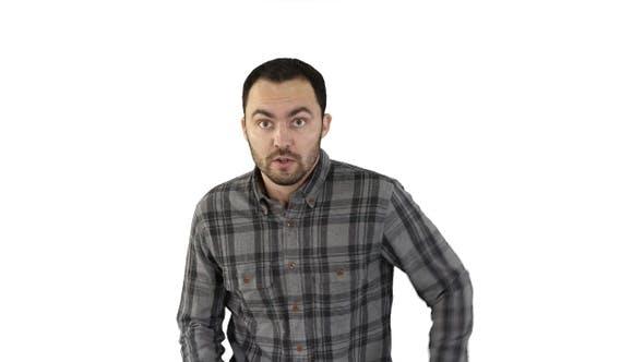 Thumbnail for Junger Mann versucht, auf weißem Hintergrund laufen aufzuholen.