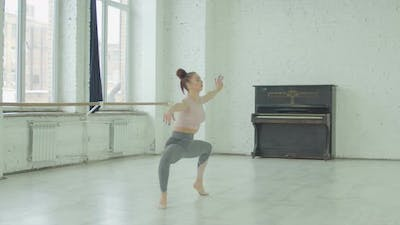 Dancer Improvise in Contemporary Dance Performing