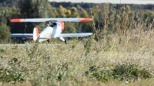 Airplane Runway 02
