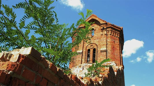 Cover Image for Time Lapse Ruins Of Old Buildings