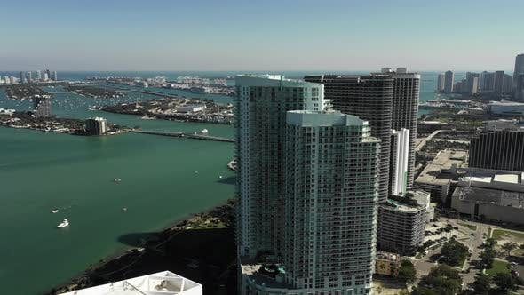 Highrise architecture design Miami Midtown scene