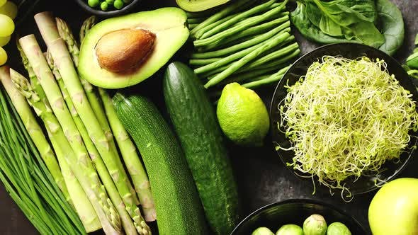 Cover Image for Green Healthy Food Composition with Avocado, Broccoli, Apple, Smoothie...