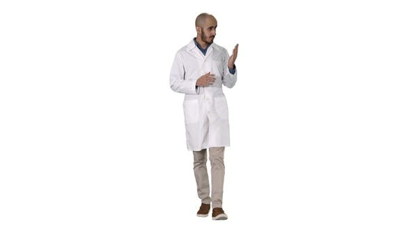 Cover Image for Middle age doctor man wearing medical uniform presenting