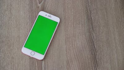 Mobile Phone Green Screen