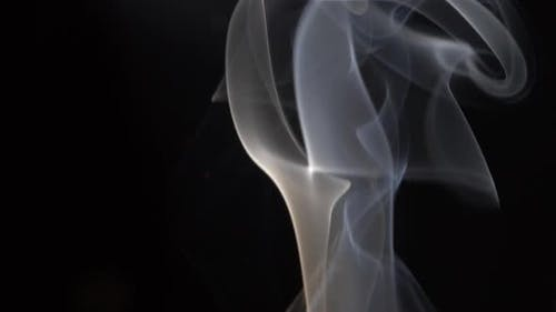 Élégante fumée soyeuse