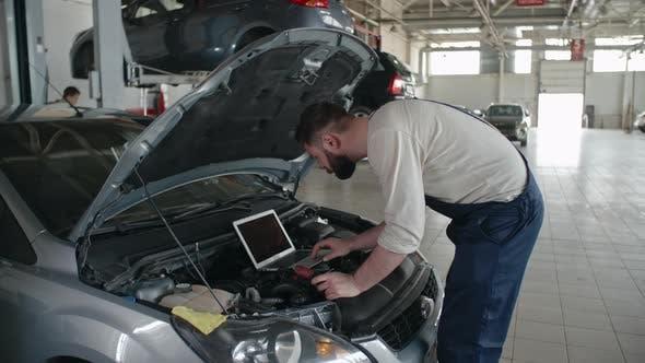 Thumbnail for Expertizing Car Engine Problem