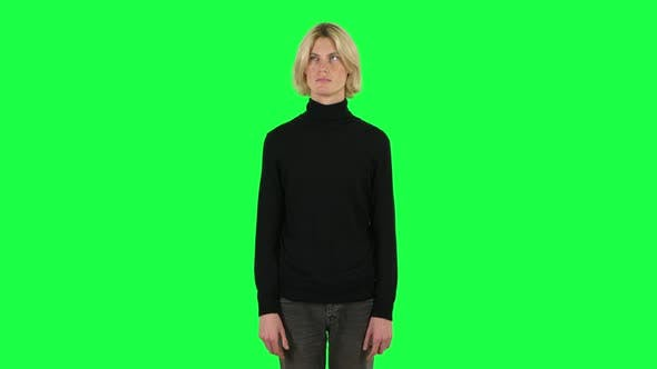 Cover Image for Blonde Thinks About Something, and Then an Idea Comes To Him. Green Screen