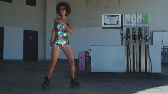 rollerskate skating urban babe woman dancer