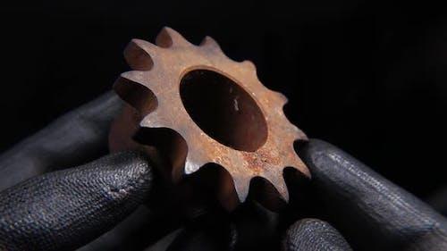 Rusty Old Cog Wheel 1400