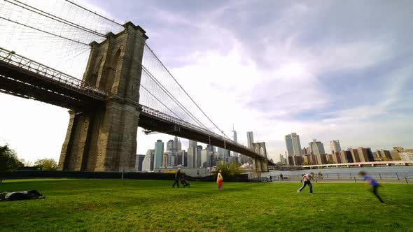 Thumbnail for New York, Brooklyn Bridge & Family