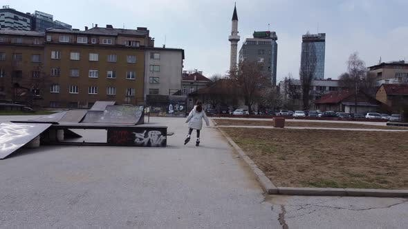 Rollerblading In The Park V2 -4K