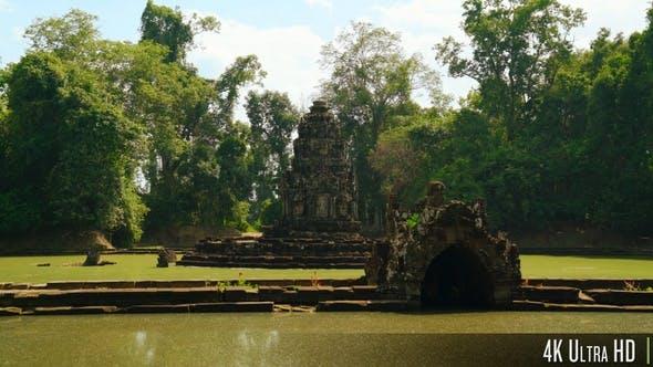 4K Neak Pean or Neak Poan Temple in Siem Reap, Cambodia