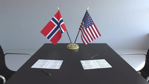 Flags of Norway and the United States of America