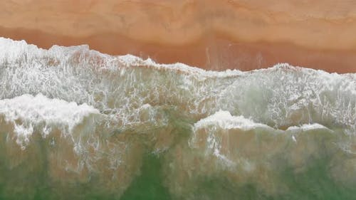 Aerial Drone Shot View the Ocean of the Ocean Waves, Beautiful Waves Do Not End Frames One By One