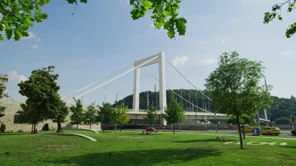 Thumbnail for Elisabeth Bridge in Budapest
