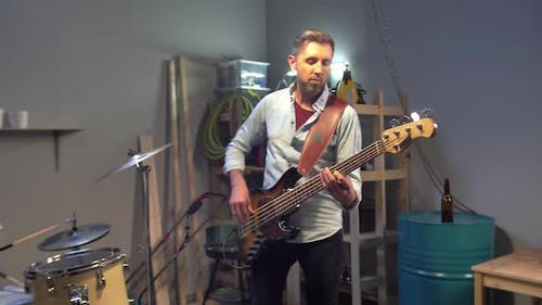 Slow Motion Video of Music Garage Band Having Repetition