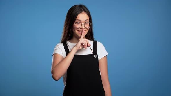 asiatische madchen fingersatz