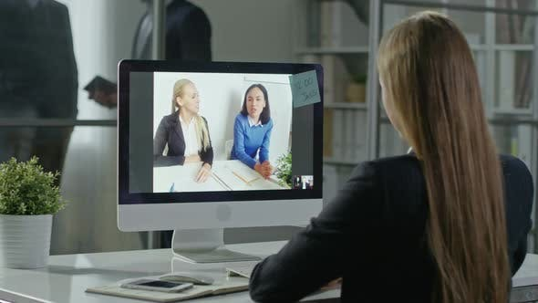 Cover Image for Working with Colleagues via Video Call
