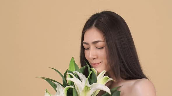 Beauty woman with flower