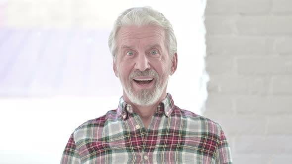 Thumbnail for Portrait of Casual Old Man Feeling Amazed
