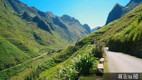 Thumbnail for 4K Mountainous Landscape along the Remote Road on the Ha Giang Loop in Vietnam