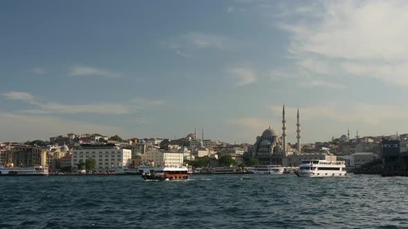 The Golden Horn, The New Mosque and the Galata bridge