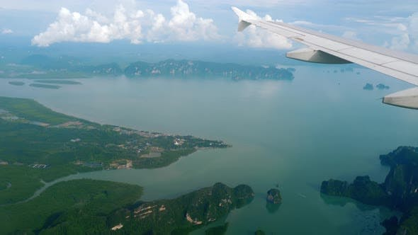 Cover Image for Aerial view landscape from descending airplane
