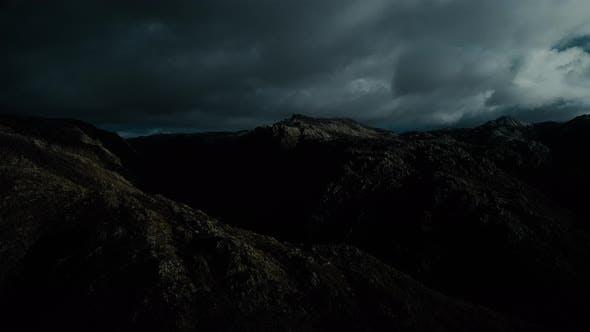 Thumbnail for Berge und Wolken