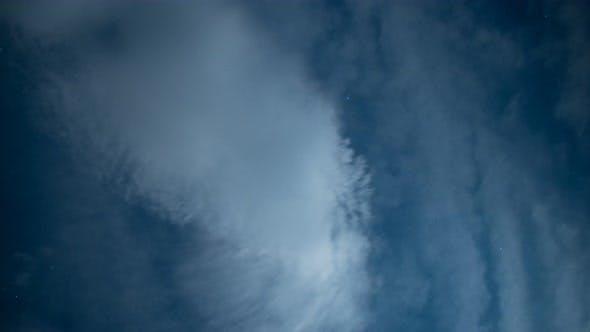 Thumbnail for Nachthimmel mit Wolken Zeitraffer