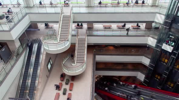 Thumbnail for Einkaufszentrum Inside Rolltreppe Kunden Tokyo