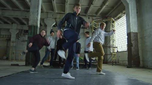Tanzen zu Hip Hop Musik