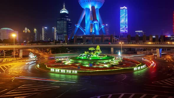 Cover Image for Shanghai Heavy Street Traffic Pan Up