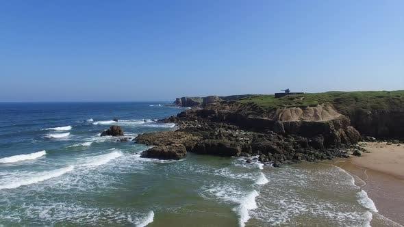 Thumbnail for Meer und felsige Klippen