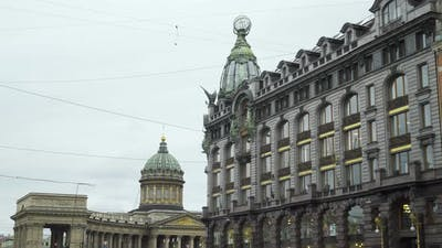 }Singer house and Kazan Cathedral