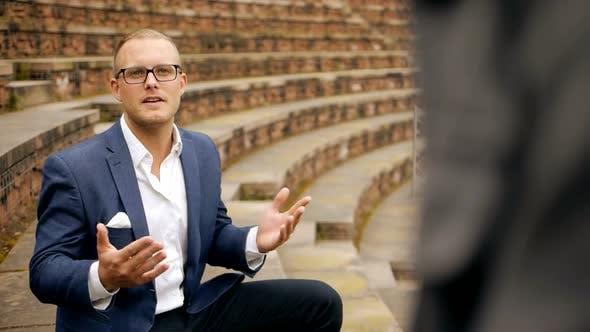 Thumbnail for Handsome kaukasischen männlichen Unternehmer Lifestyle Porträt
