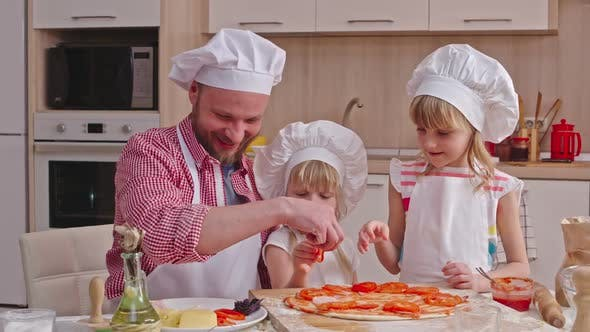 Adorable Pizza Makers