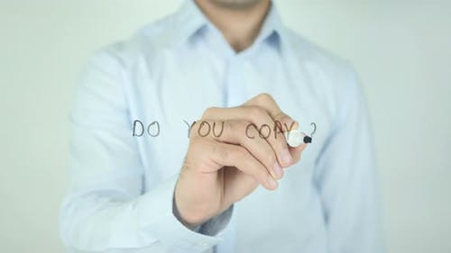 Do You Copy ?, Writing On Screen