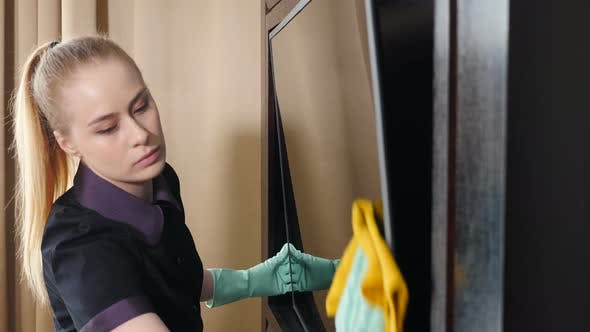 Cleaning in Modern Hotel