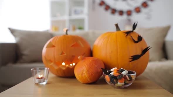 Cover Image for Jack-o-lantern and Halloween Decorations at Home