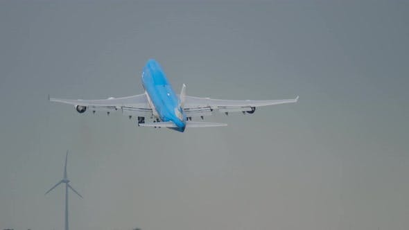 Thumbnail for Widebody Four-engine Airplane Take-off
