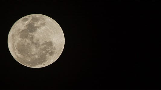 Thumbnail for 560mm Full Moon Time Lapse - 3K Resolution