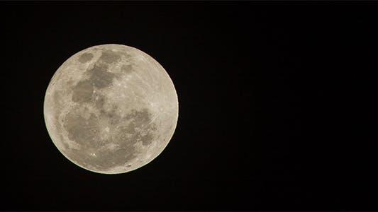 Thumbnail for 560mm Full Moon Time Lapse