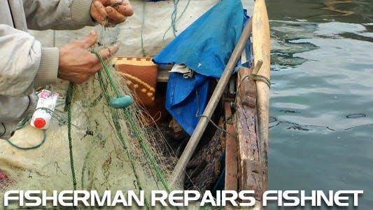 Cover Image for Fisherman Repairs Fishnet