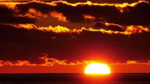 Full Sunset Time Lapse